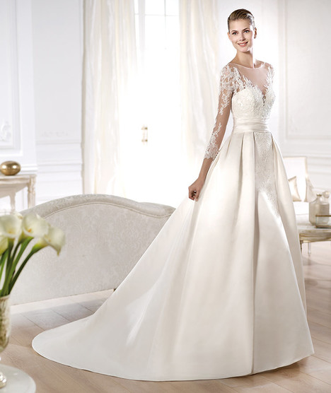 Odette gown from the 2014 Pronovias collection, as seen on Bride.Canada