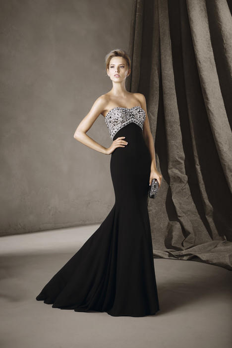 Claudia gown from the 2017 Pronovias : Cocktail collection, as seen on Bride.Canada