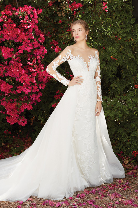 Wisteria (2270) gown from the 2017 Casablanca Bridal collection, as seen on Bride.Canada