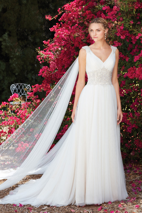 Dahlia (2272) gown from the 2017 Casablanca Bridal collection, as seen on Bride.Canada
