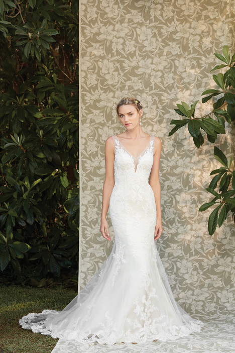 Ivy (2286) gown from the 2017 Casablanca Bridal collection, as seen on Bride.Canada
