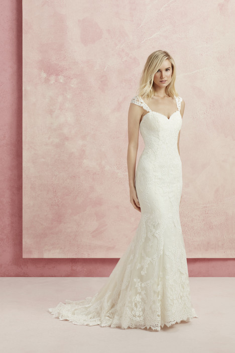 Harmony (BL218) gown from the 2017 Beloved By Casablanca collection, as seen on Bride.Canada