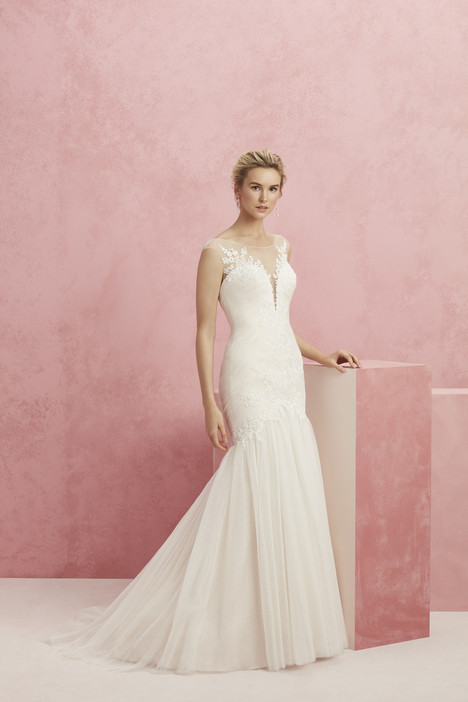 Bliss (BL220) gown from the 2017 Beloved By Casablanca collection, as seen on Bride.Canada