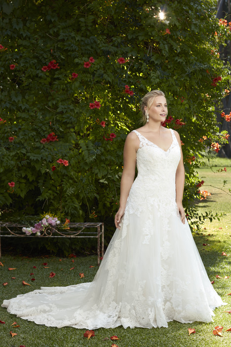 Plumeria (2269) (2) gown from the 2017 Casablanca Bridal collection, as seen on Bride.Canada