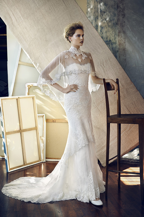 Delta gown from the 2017 Lusan Mandongus collection, as seen on Bride.Canada