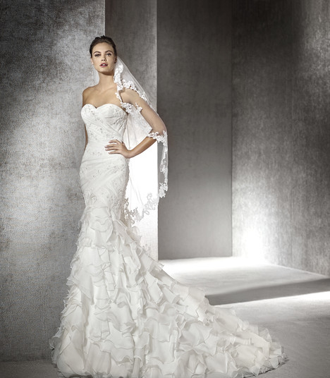 Eresma gown from the 2017 St. Patrick collection, as seen on Bride.Canada