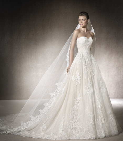 Malisa gown from the 2017 St. Patrick collection, as seen on Bride.Canada