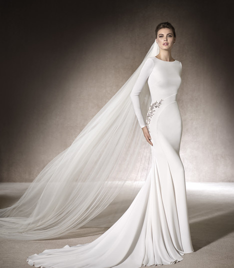 Manon gown from the 2017 St. Patrick collection, as seen on Bride.Canada
