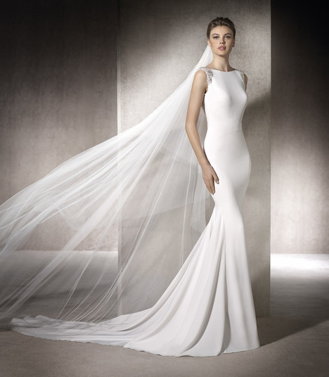Mara gown from the 2017 St. Patrick collection, as seen on Bride.Canada