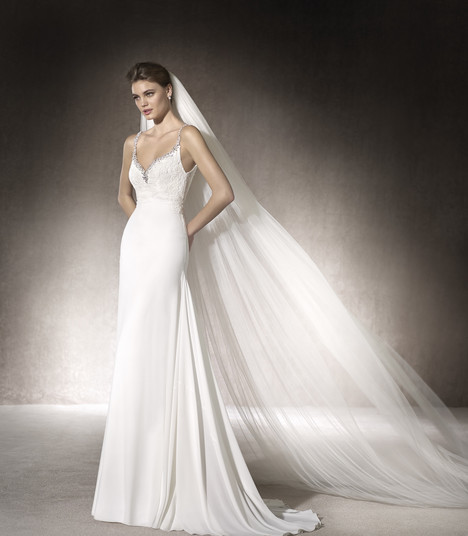 Margaret gown from the 2017 St. Patrick collection, as seen on Bride.Canada