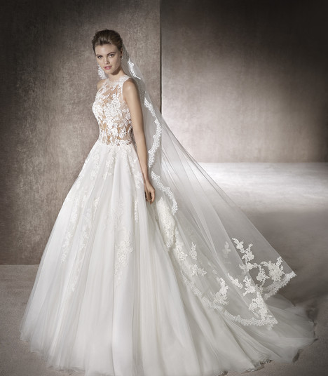 Marieta gown from the 2017 St. Patrick collection, as seen on Bride.Canada