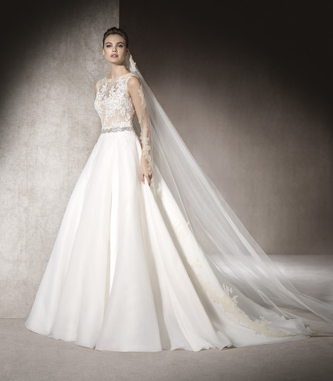 Marital gown from the 2017 St. Patrick collection, as seen on Bride.Canada