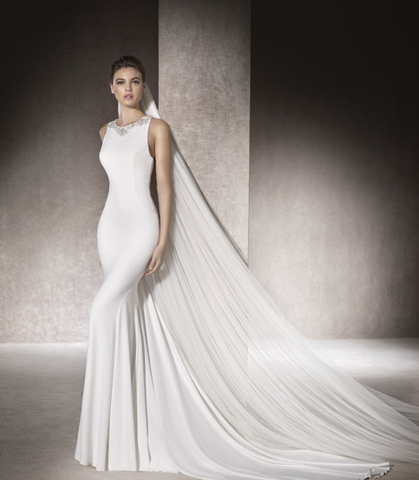Mima gown from the 2017 St. Patrick collection, as seen on Bride.Canada