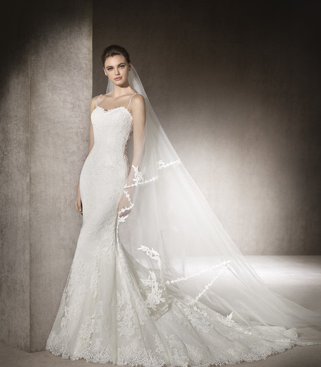 Morna gown from the 2017 St. Patrick collection, as seen on Bride.Canada