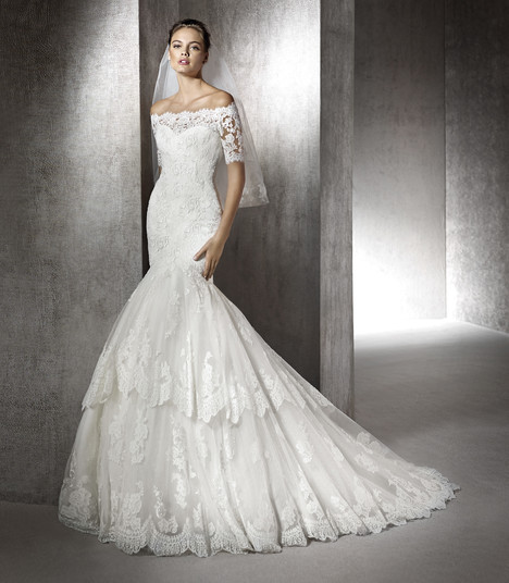 Zainala gown from the 2017 St. Patrick collection, as seen on Bride.Canada