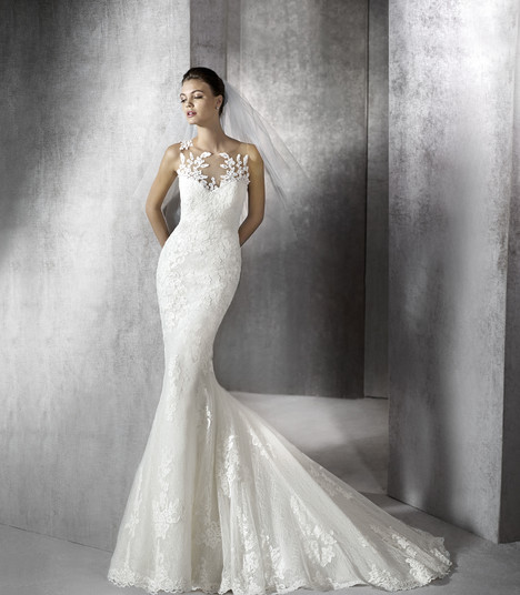 Zulaica gown from the 2017 St. Patrick collection, as seen on Bride.Canada