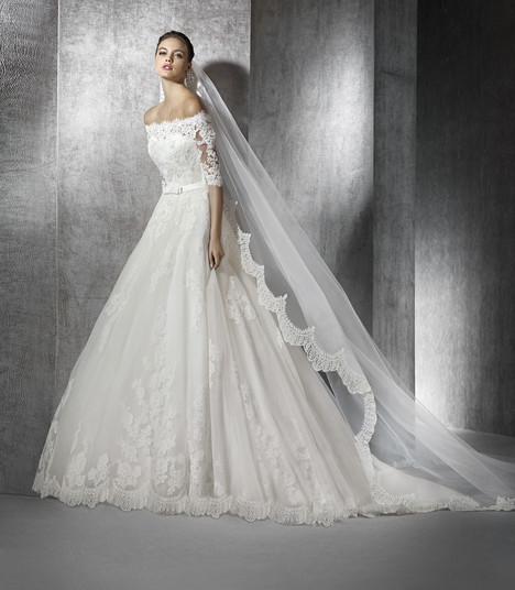 Zureda gown from the 2017 St. Patrick collection, as seen on Bride.Canada