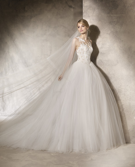 Hekuba gown from the 2017 La Sposa collection, as seen on Bride.Canada