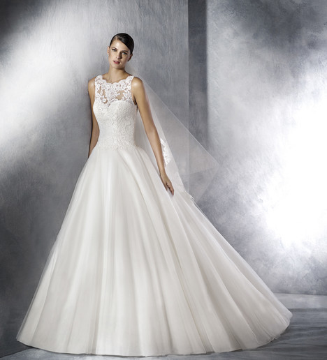 Jill gown from the 2017 White One collection, as seen on Bride.Canada