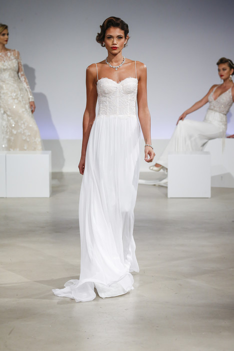 Marnie gown from the 2017 Anne Barge collection, as seen on Bride.Canada