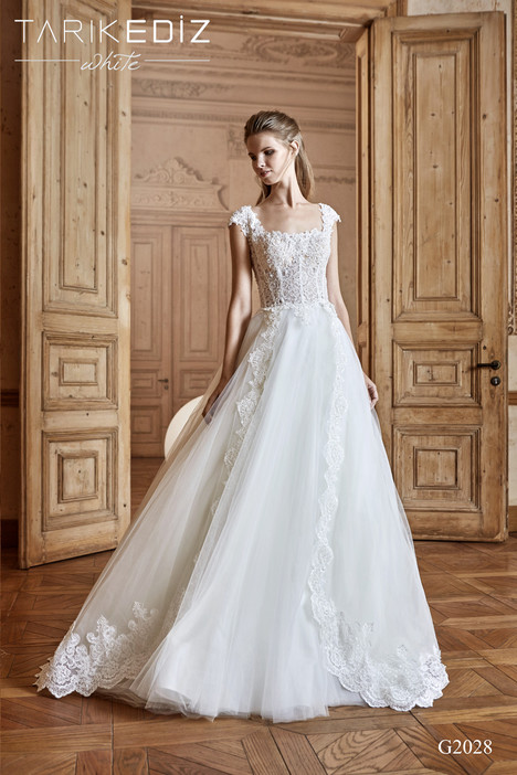 Monza (G2028) gown from the 2017 Tarik Ediz: White collection, as seen on Bride.Canada