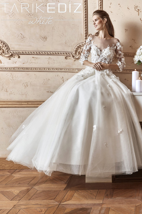 Londra (G2052) gown from the 2017 Tarik Ediz: White collection, as seen on Bride.Canada