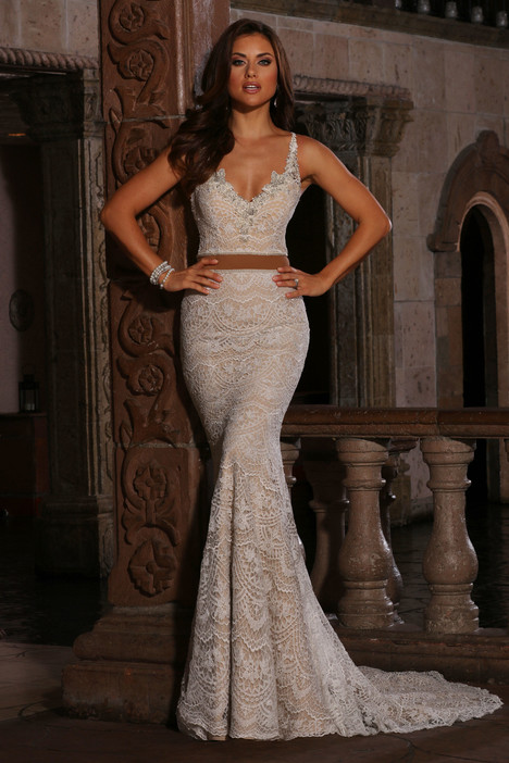 Glenda (13088) gown from the 2017 Cristiano Lucci collection, as seen on Bride.Canada