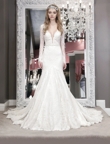 Averil (3238) by Winnie Couture : Blush | BRIDE.ca Wedding Dresses