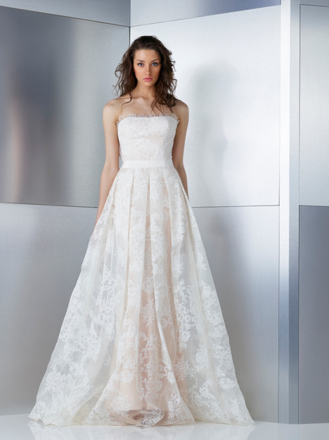 W17-4811 gown from the 2017 Gemy Maalouf collection, as seen on Bride.Canada
