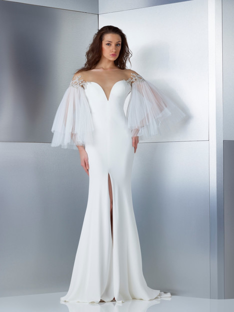 W17-4819 gown from the 2017 Gemy Maalouf collection, as seen on Bride.Canada