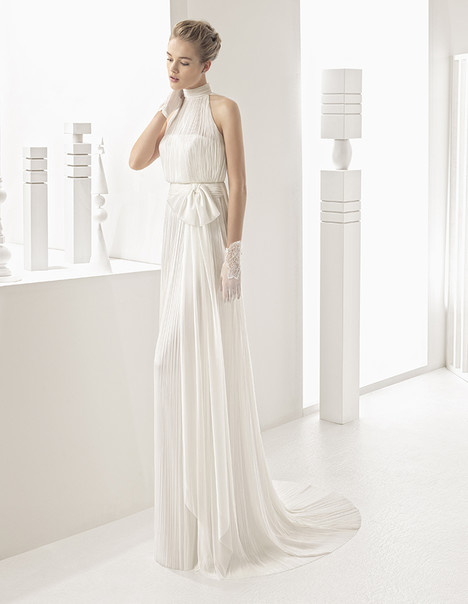Nacar (11102) gown from the 2017 Rosa Clara Couture collection, as seen on Bride.Canada