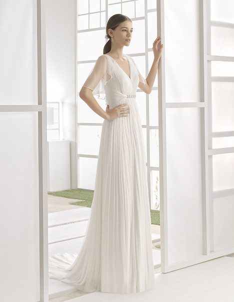Walac (1K101) gown from the 2017 Rosa Clara: Soft collection, as seen on Bride.Canada