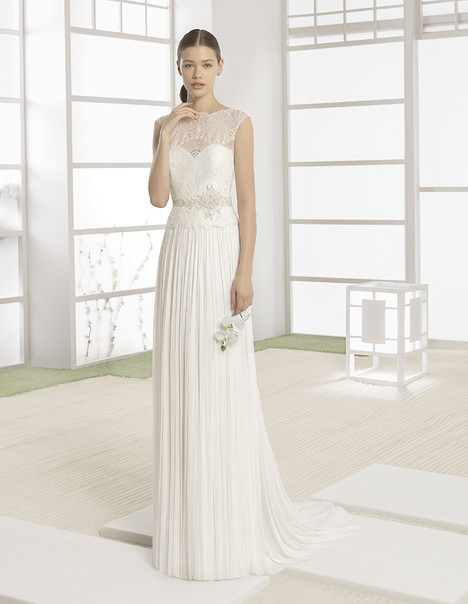 Waman (1K110) gown from the 2017 Rosa Clara: Soft collection, as seen on Bride.Canada