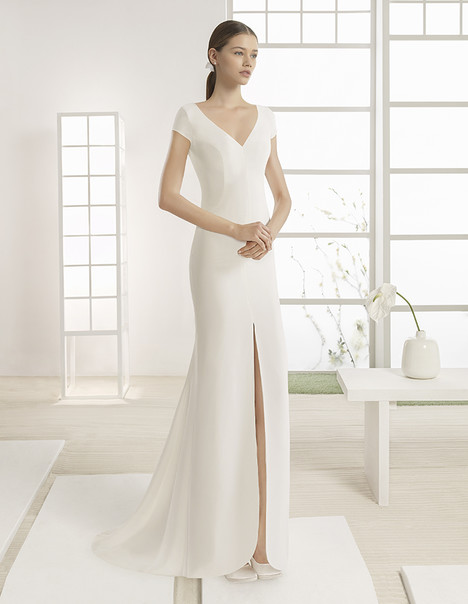 Wilk (1K153) gown from the 2017 Rosa Clara: Soft collection, as seen on Bride.Canada