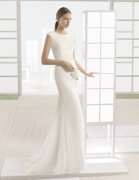 Wonka (1K154) gown from the 2017 Rosa Clara: Soft collection, as seen on Bride.Canada