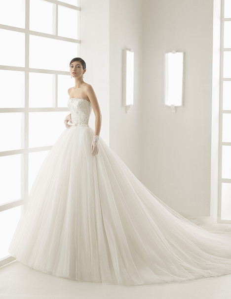 Olson (1A156) gown from the 2017 Rosa Clara collection, as seen on Bride.Canada