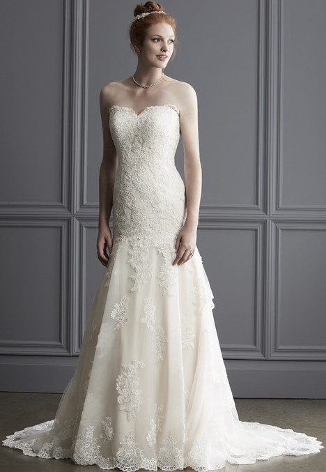1523 gown from the 2016 Madison Collection collection, as seen on Bride.Canada