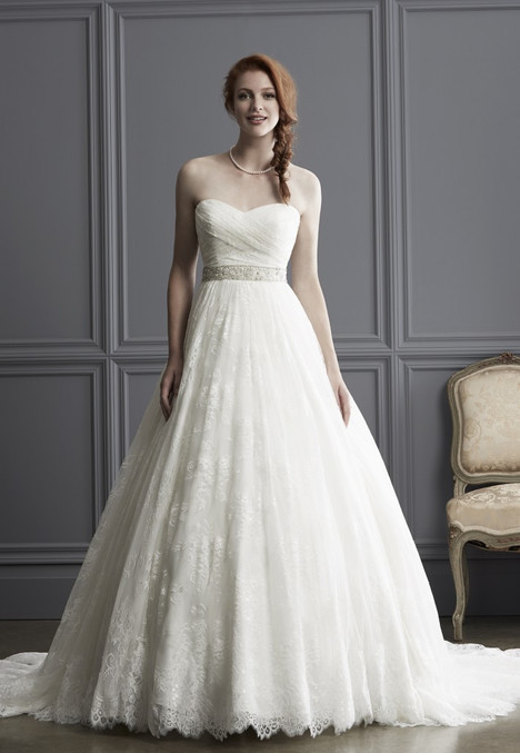 1527 gown from the 2016 Madison Collection collection, as seen on Bride.Canada