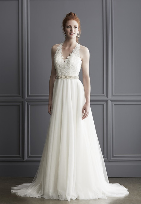 1529 gown from the 2016 Madison Collection collection, as seen on Bride.Canada