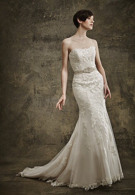 1567 gown from the 2016 Madison Collection collection, as seen on Bride.Canada
