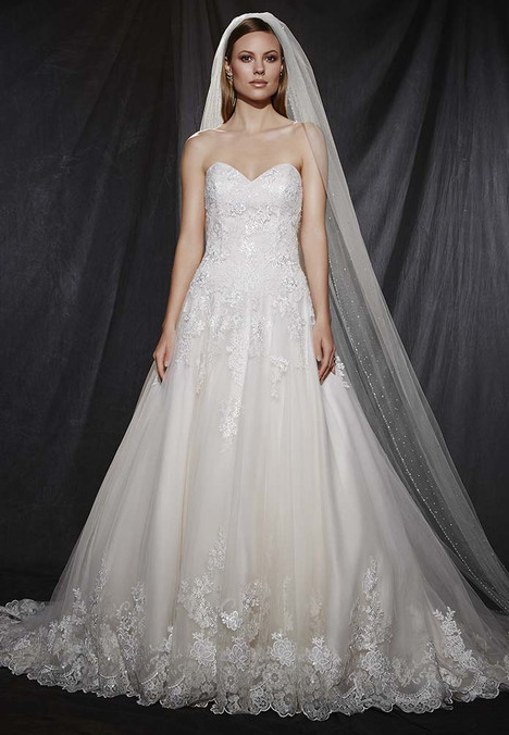 1604 gown from the 2016 Madison Collection collection, as seen on Bride.Canada