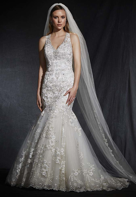 1625 gown from the 2016 Madison Collection collection, as seen on Bride.Canada