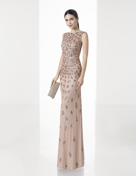 1T110 gown from the 2017 Rosa Clara: Cocktail collection, as seen on Bride.Canada