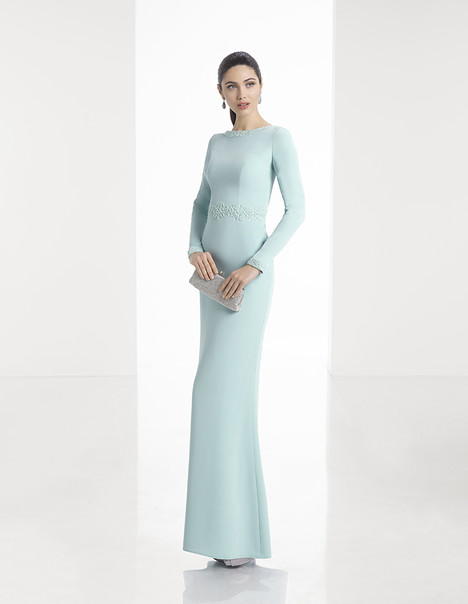 1T164 gown from the 2017 Rosa Clara: Cocktail collection, as seen on Bride.Canada