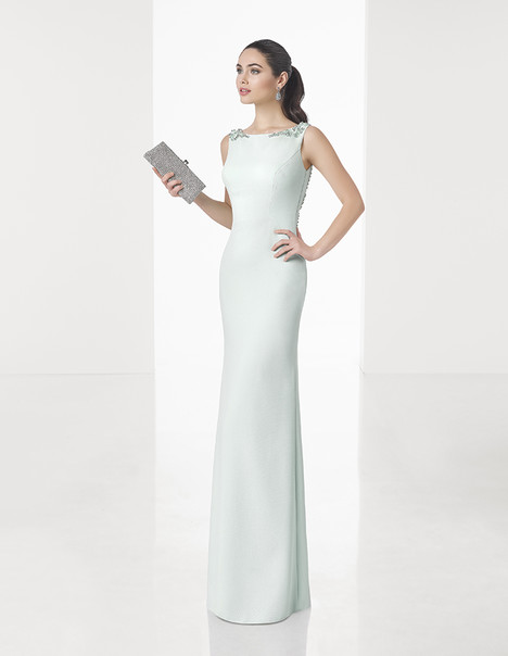 1T1A8 gown from the 2017 Rosa Clara: Cocktail collection, as seen on Bride.Canada