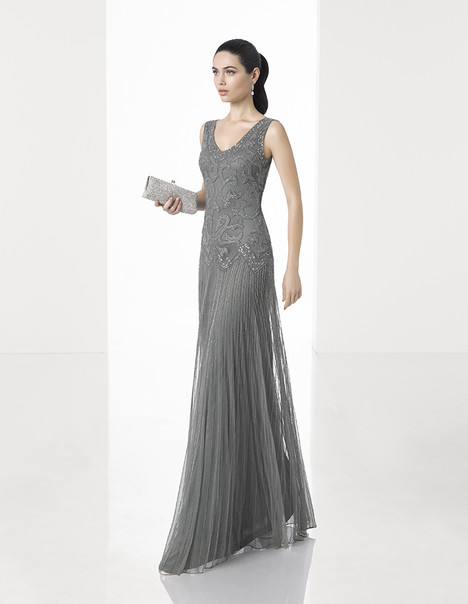 1T218 gown from the 2017 Rosa Clara: Cocktail collection, as seen on Bride.Canada