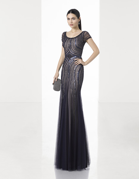 1T228 gown from the 2017 Rosa Clara: Cocktail collection, as seen on Bride.Canada