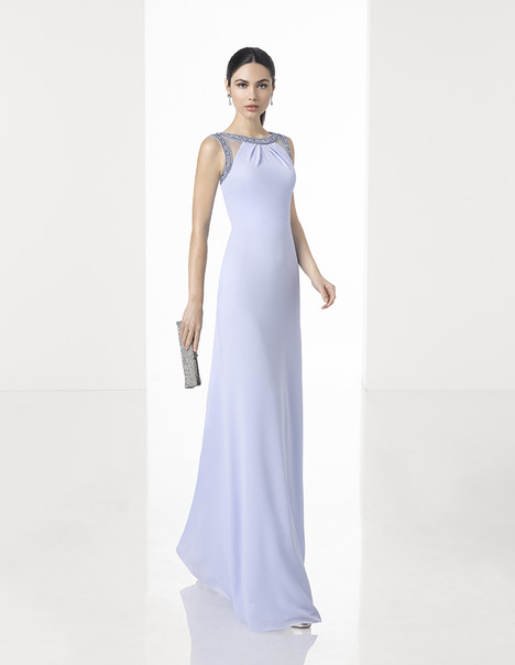 1T247 gown from the 2017 Rosa Clara: Cocktail collection, as seen on Bride.Canada