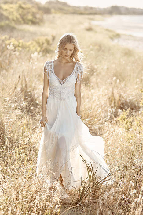 Grace gown from the 2017 Anna Campbell collection, as seen on Bride.Canada
