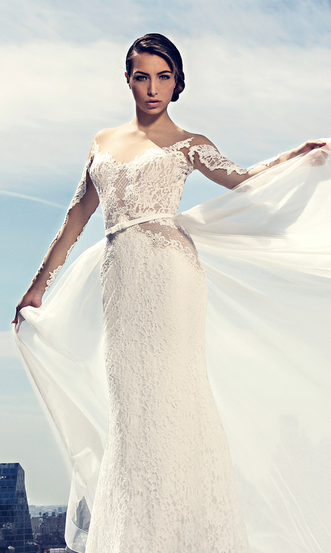 3780 gown from the 2017 Regina Schrecker Sposa collection, as seen on Bride.Canada